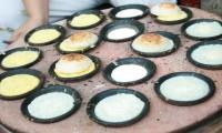 Món bánh căn Đà Lạt